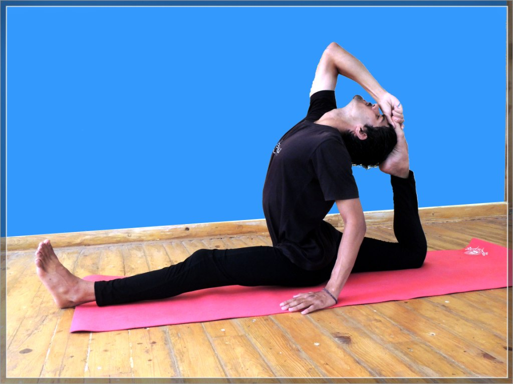 Yoga Teacher Training in Rishikesh 100 hour
