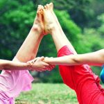 5 yoga poses you can do with your partner